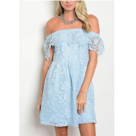 dd5672b5345a NWT - Tiffany Blue Off-The-Shoulder Lace Dress